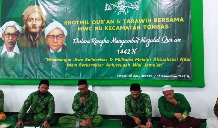 Khotmil Quran dan Tarawih Berjamaah MWCNU Tongas di Malam Nuzulul Quran