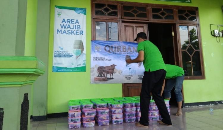 PCNU Kabupaten Probolinggo Distribusi Ratusan Paket Daging Kurban
